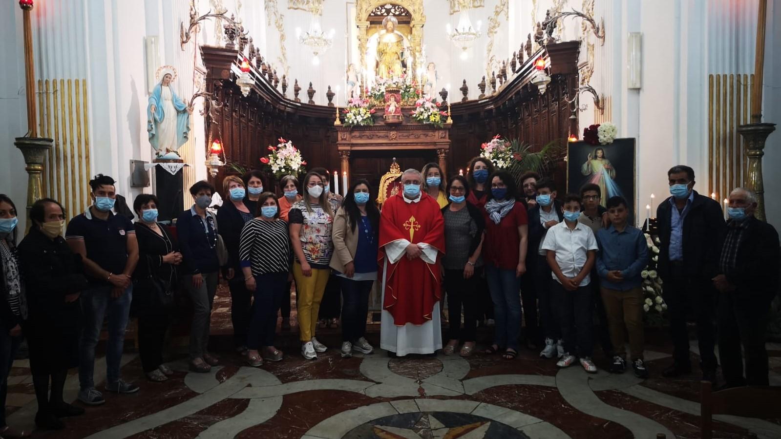 Don Antonio e apostoli di Capizzi